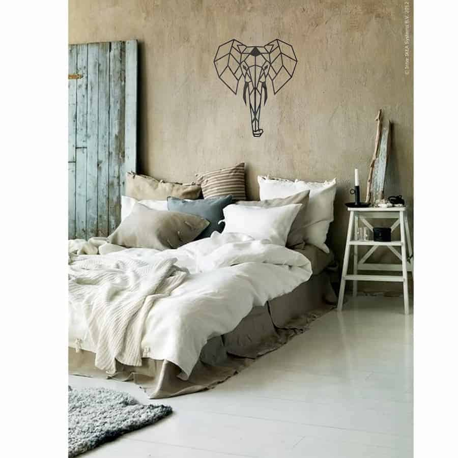 Bed room – elephant
